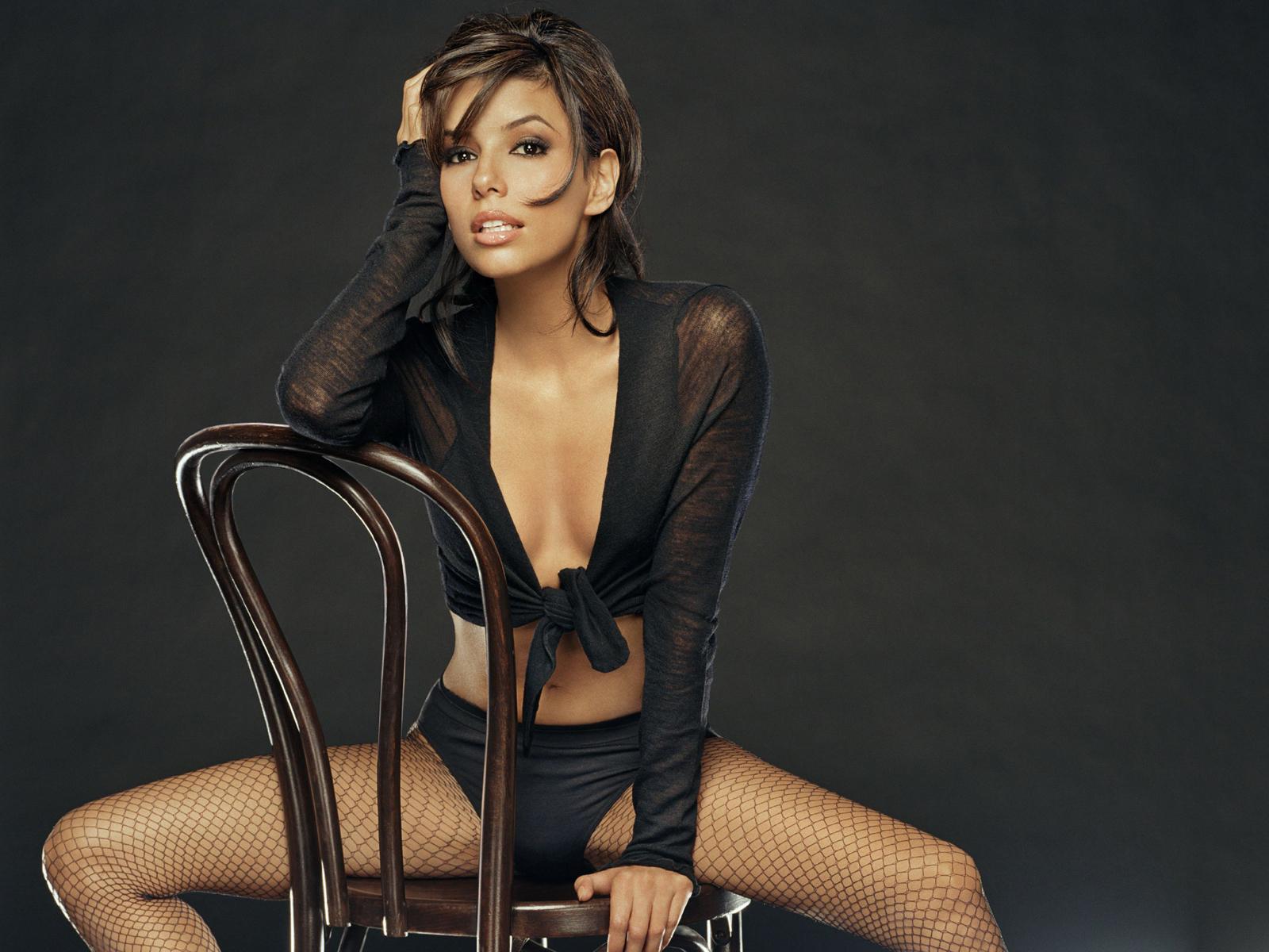 http://www.weesk.com/wallpaper/celebrites-femmes/eva-longoria/eva-longoria-20-eva-longoria-celebrites-femmes.jpg