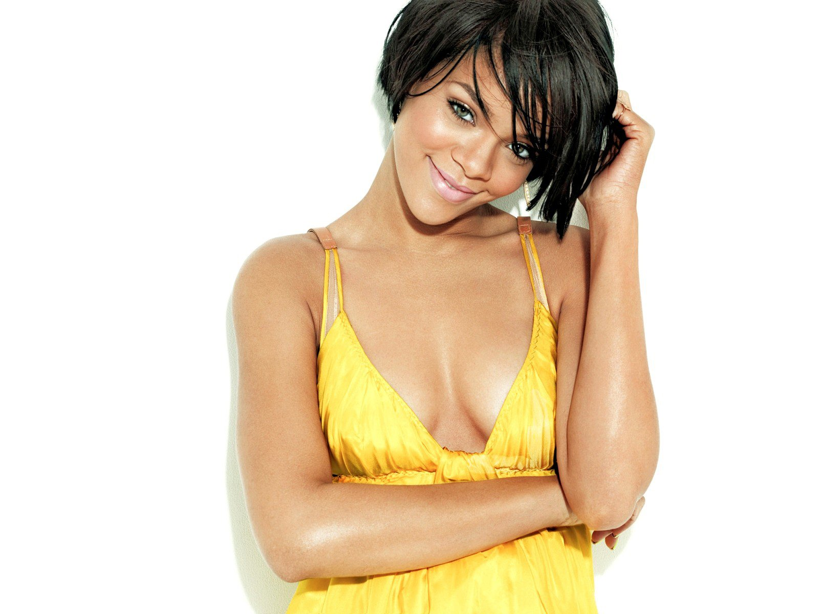 http://www.weesk.com/wallpaper/celebrites-femmes/rihanna/rihanna-51-rihanna-celebrites-femmes.jpg