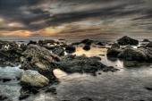 fond écran plage rocheuse